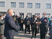 Турция вече пропуска български тирове след среща на Борисов с валията на Одрин