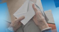 Възрастни хора дариха пенсия и великденска добавка в помощ на медиците