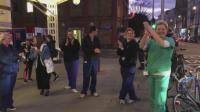 Аплодисменти за хората на първа линия срещу вируса във Великобритания