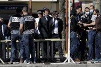 Мъжът, който уби двама с нож във Франция, бил озлобен от самоизолация