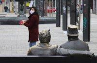 От днес гражданите задължително трябва да носят маски на обществени места