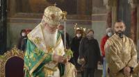 На Цветница църквата с молитва за здраве срещу коронавируса