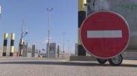 Забранено е влизането на лица и превозни средства от Турция