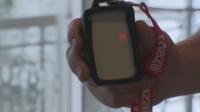 Баджове алармират при нарушена дистанция в офиси