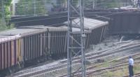 10 вагона са дерайлирали на гара Нова Загора през нощта. Няма пострадали