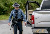 Трима са ранени при стрелба в американски търговски център