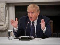 САЩ и Китай си размениха словесни нападки заради СЗО