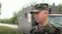 Военослужещи спасиха припаднал на пътя мъж
