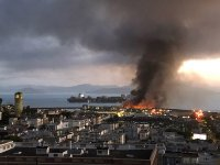 Пожар на кей в Сан Франциско. Спасен е кораб от Втората Световна война