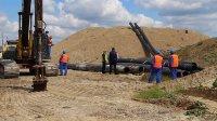До средата на юли трябва да е готов ремонтът на тръбата, която замърсява Варненското езеро