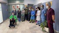 Рекордьор! Изписаха леля Здравка след 65 дни в реанимация заради COVID-19