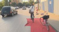 """Колоездачи: Велоалея от 1,5 м по бул. """"Тодор Каблешков"""" е невъзможна"""