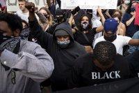 11 жертви на сблъсъците в САЩ. Какво искат хората? Справедливост!