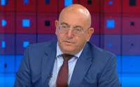 Министър Емил Димитров: Имаме 5000 площадки, разрешителните са раздавани на килограм