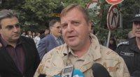 Каракачанов потвърди, че е кум на Бобоков, но отрече нерегламентирани отношения с него
