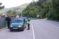 снимка 2 Спецоперация срещу конвенционалната престъпност се проведе в Своге (СНИМКИ)