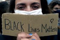 На много места по света се проведоха протести срещу расизма