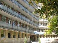 """Пик на COVID-19 в Кърджали. Болна лекарка от """"Пирогов"""" заразила 11 души"""