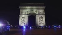 Десетки полицаи протестираха край Триумфалната арка