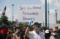 САЩ: Началник на полицията подаде оставка след смъртта на чернокож при арест