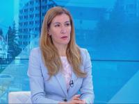 Ангелкова: Чартърните полети не са отменени, а пренасочени. Чакаме първите туристи на 25 юни