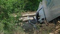 Катастрофа между два ТИР-а блокира движението на влакове в Русенско