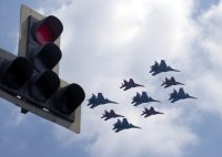 снимка 2 На Червения площад в Москва репетират за парада (Снимки)
