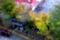 Опасност от интензивни валежи и градушки днес