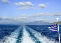 Фериботите в Гърция - необичайно празни