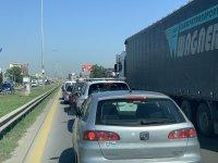 """снимка 1 Тежка катастрофа с автобус блокира """"Цариградско шосе"""""""