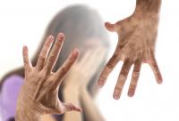Недостатъчно кризисни центрове за жени - жертви на насилие у нас