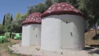 Палатки с необикновен дизайн привличат туристи в Испания