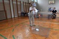 Полша гласува за нов президент. Кандидатите са 11
