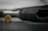 8-годишно дете загина при стрелба в търговски център в Алабама