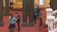 24-ма депутати с глоба за неносене на маски