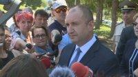 Радев: Не си представяйте, че като се прегърнат президент и премиер, ще се решат проблемите на България