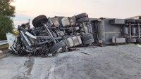 """Шофьорът на тира е петата жертва на тежката катастрофа на """"Тракия"""""""