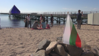 """От ГЕРБ-Бургас посетиха плажа в """"Росенец"""" и определиха вчерашните събития като сценарий"""