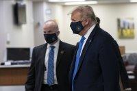 Доналд Тръмп за пръв път се появи с маска на публично място