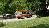 Кола блъсна 13-годишна на колело в Бургас. Издирват шофьора
