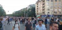 Протестиращи блокираха движението на Орлов мост в София