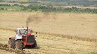 Строеж на път в Ботевградско изкара земеделци на протест