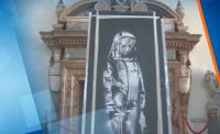 """Италия върна на Франция творба на Банкси в памет на жертвите от """"Батаклан"""""""