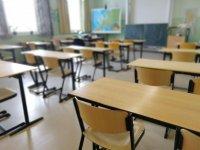 44 000 осмокласници с еднократна помощ за учебната 2020/2021 г.