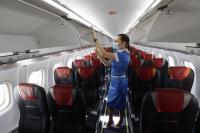 Гърция въвежда задължителен тест за COVID-19 при пристигащи със самолет от България