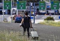 Гърция въвежда още мерки при влизане през сухопътните граници на сезонни работници