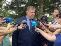 Каракачанов даде положителна оценка за новите министри
