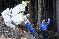 Четирима души загинаха при катастрофа на малък самолет в Швейцария