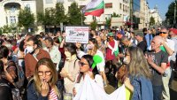 снимка 12 Лозунгите на протеста в София (Галерия)