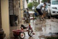 снимка 5 Наводнения, боклуци и разрушени пътища след урагана Хана в Мексико (Снимки)